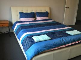 Perth Urban Vacation Home - Close to City & Airport