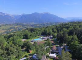 Team Holiday - Camping Le Balcon de Chartreuse, Miribel-les-Échelles