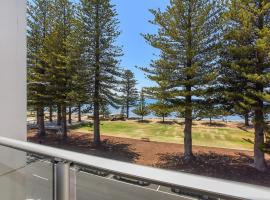 25 The Breeze - Sea Views Right in the Heart of Victor Harbor