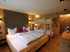 Hotel Maroi