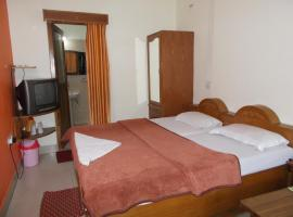 Premier rooms with Rooftop Terrace Restaurant, Nainital (рядом с городом Nainital)