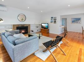 Perfectly Positioned Portsea Getaway