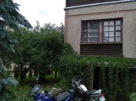 Aghrougolok Hostel, Lida (Burnosy yakınında)