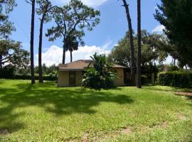 Private Home in the Heart of Orlando!, Windermere (in de buurt van Winter Garden)