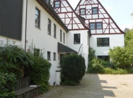 Campus Prackenfels, Altdorf bei Nuernberg (Burgthann yakınında)