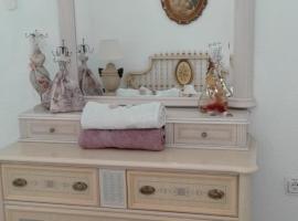 Lovely Sagunto rooms, Sagunto (Cuartell yakınında)