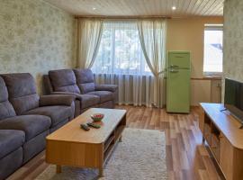 Retro Apartment with sauna, Võru (Roosisaare yakınında)