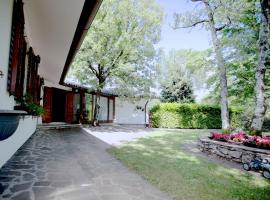 Triestevillas LE GIRANDOLE, garden, parking spaces in BorgoGrotta