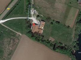 Location Chambres d'Hôtes Clodeguy, Saint-Sylvestre-sur-Lot (рядом с городом Penne-d'Agenais)
