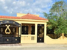 Villa Méndez de Descanso Familiar, Boca Chica (La Golondrina yakınında)