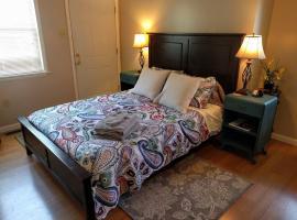 ☀ Cozy 3 Bedroom Cottage by Restaurants / Wash U ☀