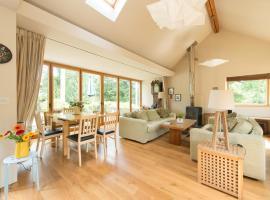 Danby Cottage, Yorkley