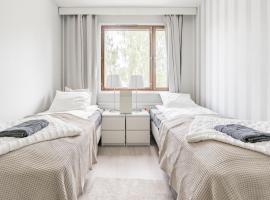 Local Nordic Apartments - Polar Bear