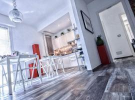 Casa Montanari B&B 2, Bologna (Santa Viola yakınında)