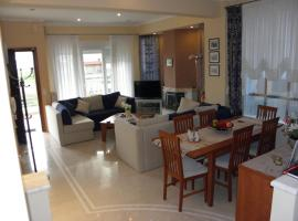 Detached house fully equipped