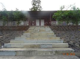 Seventh Sense Farm, Kanchad (рядом с городом Manor)