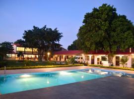 Los Jazmines Hotel Resort, Warnes (Collpa yakınında)