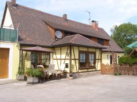 """Gästehaus """"Gisela"""" im fürstlichen Fischhaus, Schillingsfürst (Vehlberg yakınında)"""