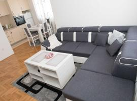 Apartment Gray, Lukavica