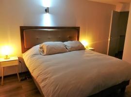 Santiago Room 605
