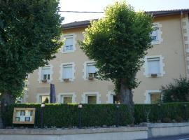 Chambres et table d'hôtes le Barret, Beauzac (рядом с городом Sarlanges)