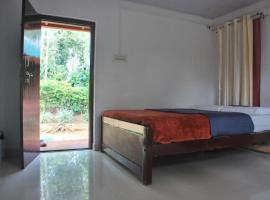 1 BR Homestay in Kodagu (05D8), by GuestHouser, Napoklu