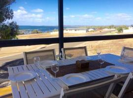 Bayview Beach House Apartment No 1