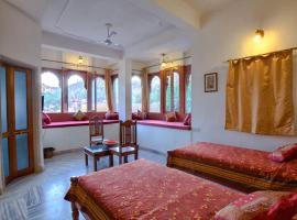 1 BR Boutique stay in Amer, Jaipur (F02A), by GuestHouser, Джайпур (рядом с городом Amer)