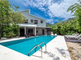 Hidden Escape by Cayman Villas