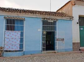 La Santisima Trinidad, Ciro Redondo