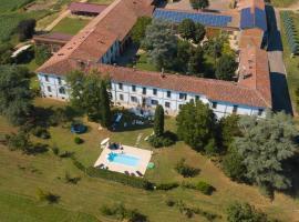 Cascina Beltondino Guest House