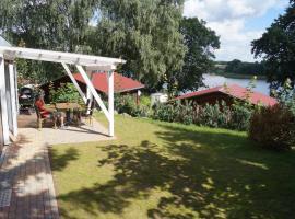Camping im Mobilheim am Luckower See, Sternberg