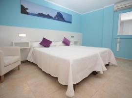 Hostal Costa Blanca, Ibiza - bærinn