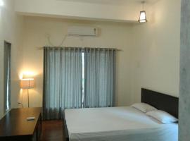 Premium Luxury Stay - Perfect for Weekend Getaway, Saralgaon (рядом с городом Murbād)