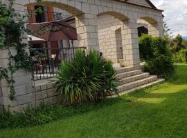 Villa de caractere, Алерия (рядом с городом Île de Diane)