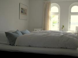 Troense Bed and Breakfast by the sea, Svendborg (Ny Nyby yakınında)