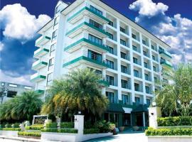 Maneerote Hotel
