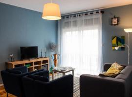 Gil Eanes Apartment
