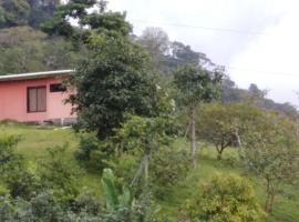 Montaña Verde Lodge, Chitaría (Cipreses yakınında)