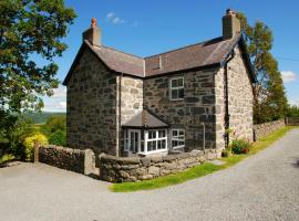 The Farmhouse | Great Escapes Wales, Llanbedr-y-cennin