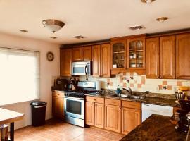 Beautiful Home Apartment in New York City Metro Area, Moonachie (in de buurt van Hasbrouck Heights)