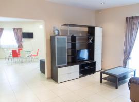 Sunny Corner Apartment