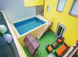 Five-Bedroom Holiday Home in Bribir, Bribir (рядом с городом Kričina)