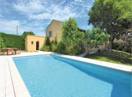 Three-Bedroom Holiday Home in Caderousse, Caderousse