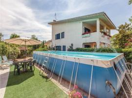 Holiday Home Collecorvino (PE) with Fireplace I, Moscufo
