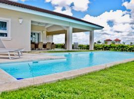 Villa Luxury Estancia Golf only 8 minutes from Bayahibe, Santa Cruz de Gato