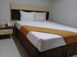 Hotel Grand Kartika, Parepare (рядом с городом Pinrang)
