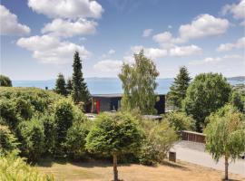 Three-Bedroom Holiday Home in Ebeltoft, Ebeltoft (Handrup yakınında)