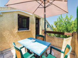 Two-Bedroom Apartment in Biguglia, Biguglia (рядом с городом Пинето)