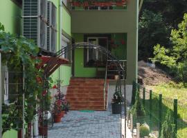 Casa Flori de Nuc, Moneasa